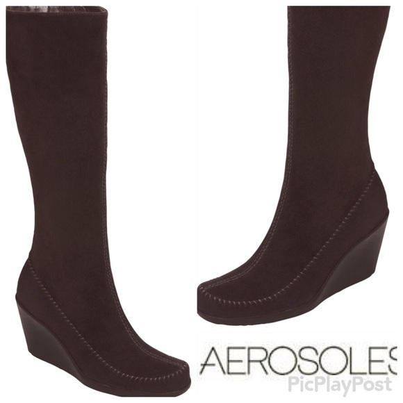 1d9e70fe3be2 AEROSOLES Shoes - Aerosoles Gather Round Brown Suede Wedge Boots 7.5